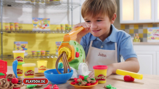Hasbro - Play-Doh Kitchen-Creations Video 10