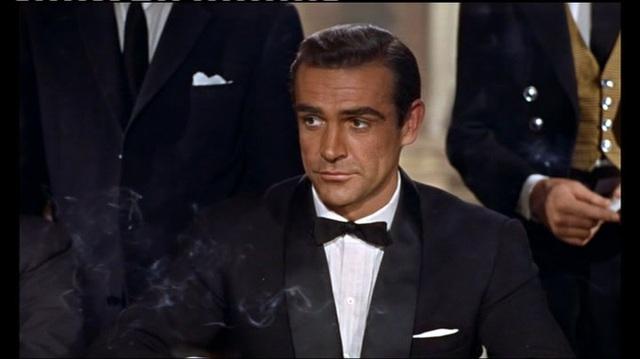 James Bond 007 - Jagt Dr. No Video 7
